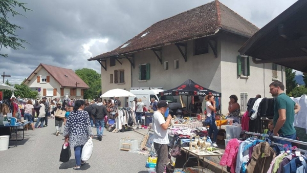Fête au village à Poisy